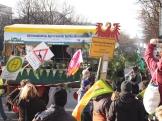 """Kremserwagen des Aktionsbündnisses Agrarwende Berlin-Brandenburg bei der Demo """"Wir haben es satt"""""""